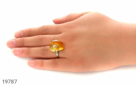 انگشتر کهربا حشره ای بولونی لهستان شفاف و زیبا زنانه - عکس 7