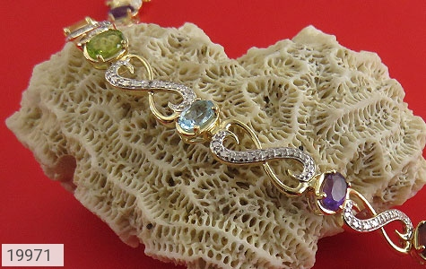 دستبند چندنگین الماس دار مانی طرح اشرافی زنانه - عکس 5