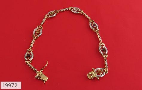 دستبند چندنگین الماس دار مانی طرح سلطنتی زنانه - تصویر 2