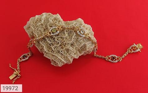 دستبند چندنگین الماس دار مانی طرح سلطنتی زنانه - عکس 5