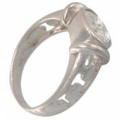 انگشتر نقره طرح الماس نشان