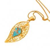 مدال فیروزه نیشابوری طرح زیرخاکی درشت اسلیمی زنانه