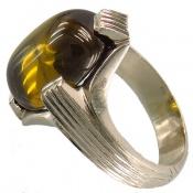 انگشتر یاقوت زیتونی خوش رنگ