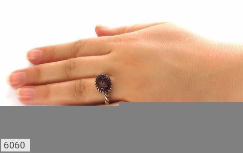 انگشتر عقیق حکاکی یا حی یا قیوم - تصویر 4