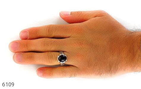 انگشتر عقیق سیاه خوش رنگ رکاب اسپرت - تصویر 6