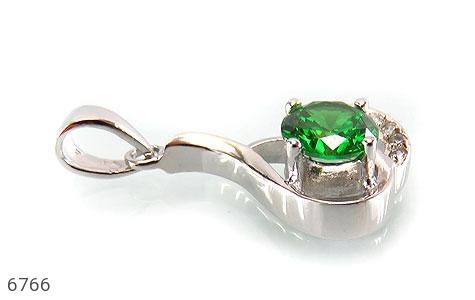 مدال نقره نگین سبز زنانه - تصویر 2