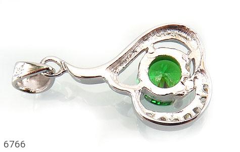مدال نقره نگین سبز زنانه - عکس 3