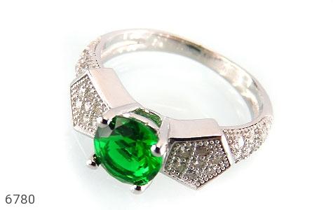 انگشتر نقره نگین سبز خوش رنگ زنانه - عکس 1