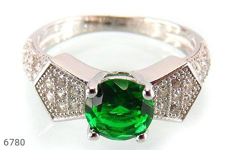 انگشتر نقره نگین سبز خوش رنگ زنانه - تصویر 2