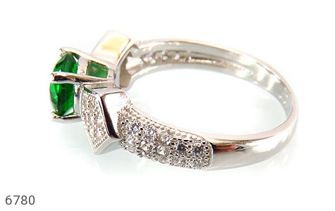 انگشتر نقره نگین سبز خوش رنگ زنانه - عکس 3