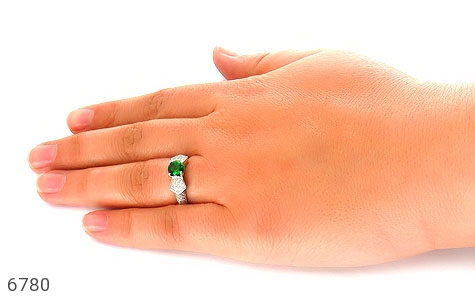 انگشتر نقره نگین سبز خوش رنگ زنانه - عکس 7