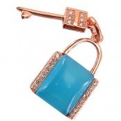 مدال چشم گربه طرح قفل و کلید زنانه