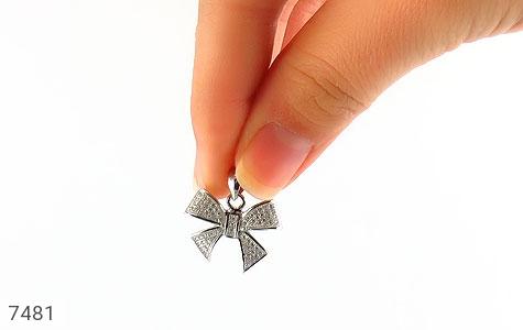 مدال نقره میکرو طرح پاپیونی زنانه - تصویر 4