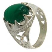 انگشتر عقیق سبز درشت خوش رنگ رکاب طرح سیاه قلم مردانه