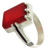 انگشتر عقیق قرمز چهارگوش و خوش رنگ