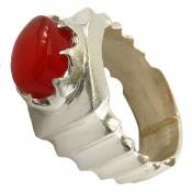 انگشتر عقیق یمن قرمز خوش رنگ رکاب طرح صفوی مردانه