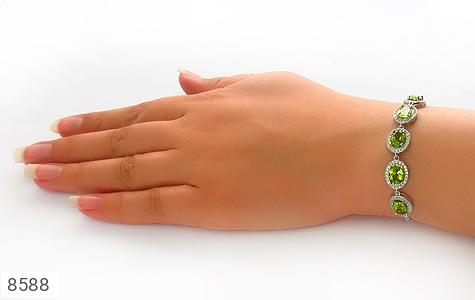 دستبند زبرجد درخشان و سلطنتی زنانه - تصویر 4