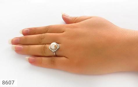 انگشتر مروارید درشت طرح مهرسا زنانه - تصویر 6