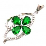 مدال نقره طرح گلبرگ سبز زینتی زنانه