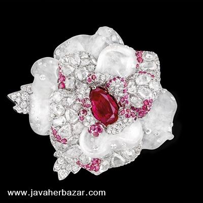 جواهرات کمپانی کریستین دیور مدل گلهای خرامان