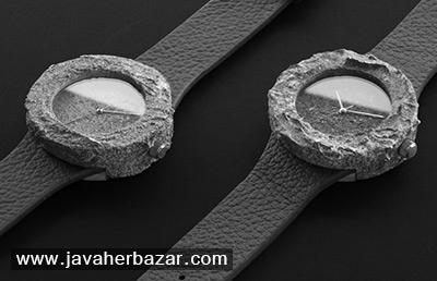 ساعت ساخته شده از سنگهای کره ماه