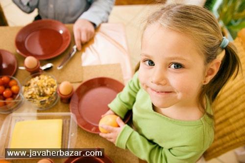 آداب معاشرت را به کودکان خود آموزش دهید