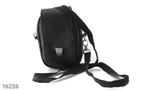 عکس کیف چرم طبیعی دکمه دار مشکی طرح دوشی