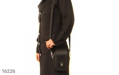 تصویر کیف چرم طبیعی دکمه دار مشکی طرح دوشی - شماره 7