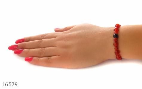 تصویر دستبند عقیق خوش رنگ و جذاب زنانه - شماره 6