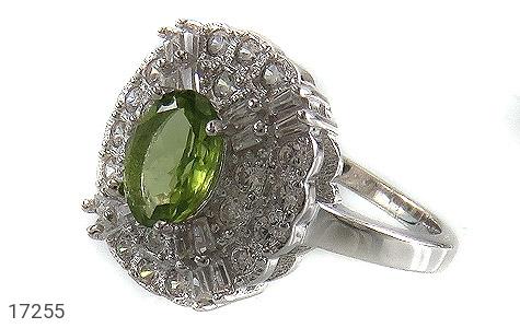 عکس انگشتر نقره زبرجد طرح جواهری زنانه