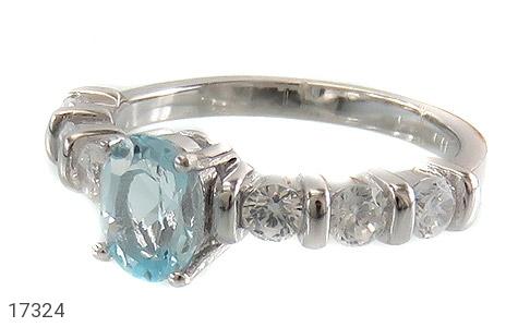 عکس انگشتر توپاز آبی زیبا طرح یکتا زنانه