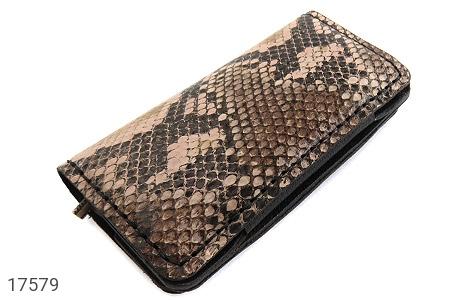عکس کیف چرم طبیعی ضربه گیر موبایل پلنگی مشکی زنانه