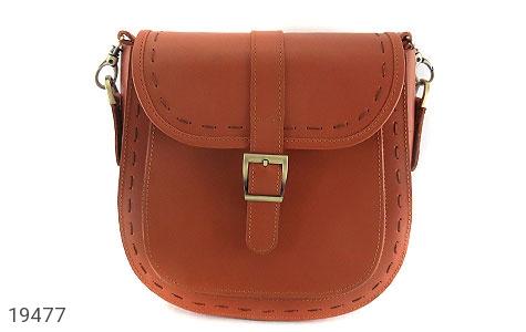 عکس کیف چرم طبیعی مدل دوشی اسپرت عسلی زنانه - شماره 2