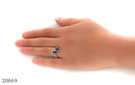 عکس انگشتر یاقوت کبود دو نگین زنانه - شماره 7