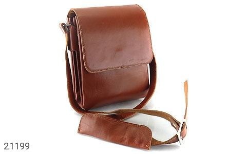 عکس کیف چرم طبیعی عسلی مدل دوشی ساده و شیک