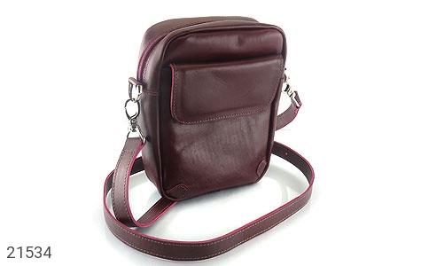 عکس کیف چرم طبیعی زرشکی مدل دوشی اسپرت
