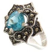 انگشتر توپاز آبی درخشان طرح ستاره زنانه