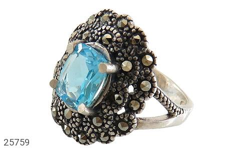 عکس انگشتر نقره توپاز آبی طرح شایسته زنانه