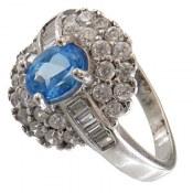 انگشتر نقره توپاز آبی طرح پرنسس زنانه
