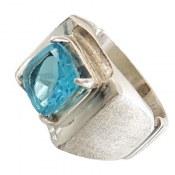 انگشتر نقره توپاز آبی سلطنتی مردانه دست ساز