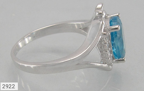 عکس انگشتر توپاز آبی مرغوب طرح پروانه زنانه