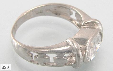 عکس انگشتر نقره طرح الماس نشان