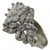 انگشتر نقره سولیتر طرح بانو زنانه