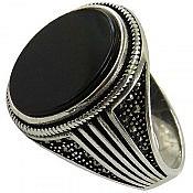 انگشتر نقره عقیق سیاه طرح اسپرت مردانه