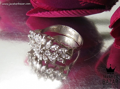 انگشتر نقره سولیتر طرح شکوفه زنانه