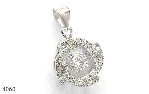 عکس مدال نقره طرح الماس زنانه