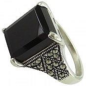 انگشتر نقره عقیق سیاه طرح یگانه زنانه