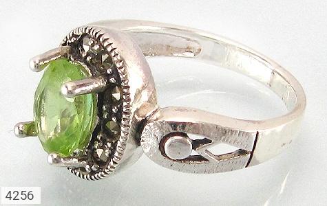 انگشتر نقره زبرجد طرح سوگند زنانه - 4256