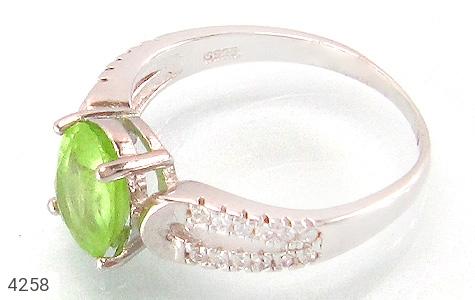 انگشتر نقره زبرجد طرح بهناز زنانه - 4258