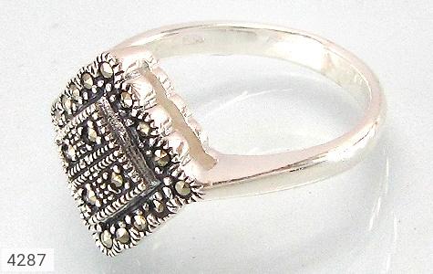 انگشتر نقره طرح سنتی زنانه - 4287